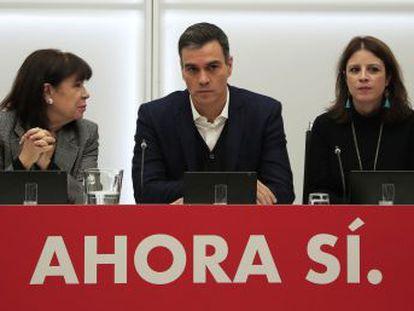 Los socialistas trasladan que solo dialogarán con partidos que respeten el orden constitucional y explorarán el voto a favor del partido liberal ya sin Rivera