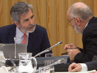 El presidente del Tribunal Supremo y del Consejo General del Poder Judicial (CGPJ), Carlos Lesmes, durante una reunión de la comisión permanente y del pleno del CGPJ.