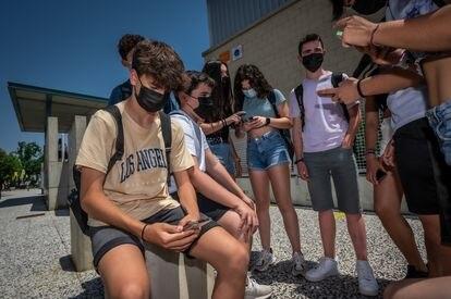 Estudiantes de la ESO del CPI El Espartidero, Zaragoza, el jueves.