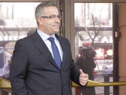 El empresario Ángel de Cabo en febrero de 2012, saliendo de la Audiencia Nacional