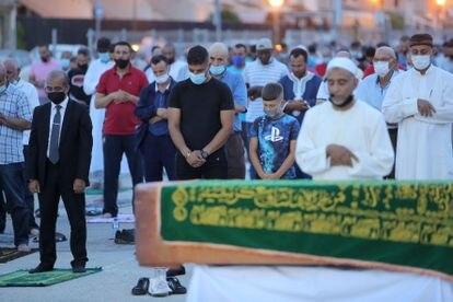 Oración de despedida por Younes Bilal, celebrada este viernes en Mazarrón.
