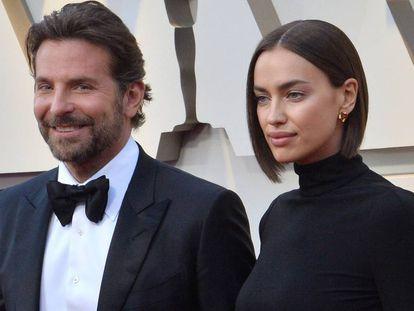 El actor y cineasta Bradley Cooper y la modelo Irina Shayk durante la gala de los Oscar en febrero de este año.