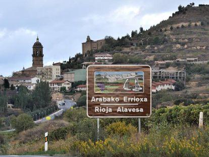 Límite entre Álava y La Rioja, justo a la entrada de Labastida.