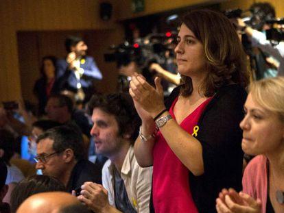 La coordinadora general del PdeCat, Marta Pascal (2d), durante la presentación de la Crida Nacional