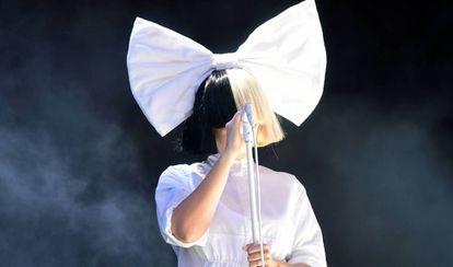 Sia, durante un concierto el verano pasado en Inglaterra.