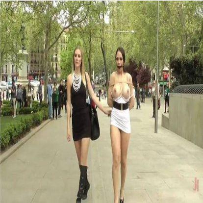 Las dos actrices porno en un fotograma de uno de los vídeos en Atocha.