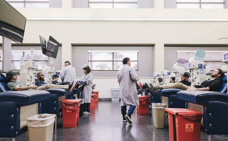 Centro investigación de Grifols para la obtención de plasma en Los Ángeles (Estados Unidos).