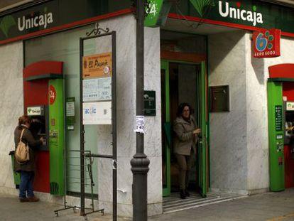 Una oficina de Unicaja en Malaga.