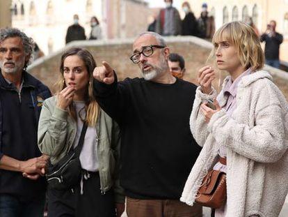 Alex de la Iglesia, en el rodaje en Venecia de su película.