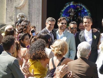 Fotograma de 'La red avispa', donde aparecen, de izquierda a derecha los actores: Leonardo Sbaraglia, como José Basulto; Edgar Ramírez, como René González; Wagner Moura, como Juan Pablo Roque; y Ana de Armas, como Ana Magarita Martínez.