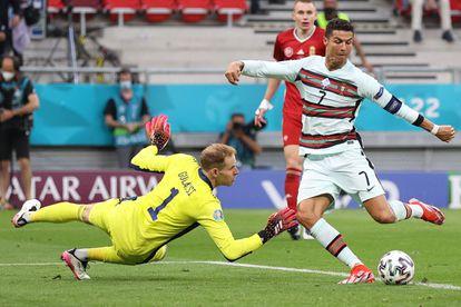 El portugués Cristiano Ronaldo en el partido contra Hungría en el Puskas Arena.