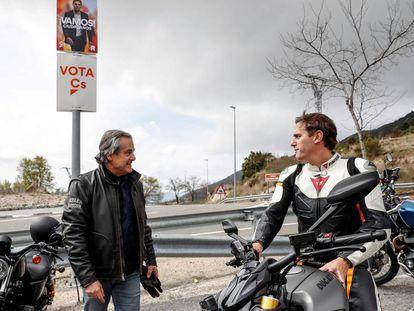 Marcos de  Quinto junto a Albert Rivera en un acto electoral en la sierra de  Madrid.