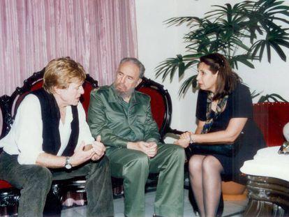 El actor Robert Redford, durante su encuentro con Fidel Castro en el hotel Nacional de La Habana, en 2004.