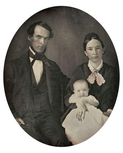 'Retrato de familia', de autor desconocido, 1850-1854. Daguerrotipo de la colección Joan Basseda Casas.