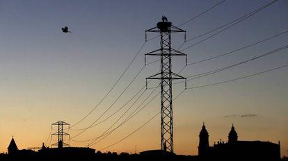 Torre de un tendido eléctrico.