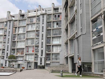 Bloque de viviendas de alquiler social en Carabanchel vendidas al fondo buitre Fidere cuando Ana Botella era alcaldesa de Madrid.