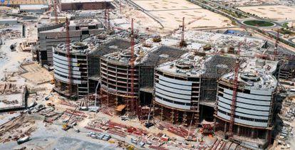 Obras de construcción del nuevo hospital de Doha, en Catar.