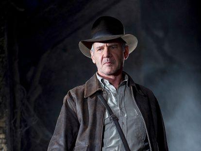 Harrison Ford en 'Indiana Jones y el reino de la calavera de cristal', la película que demostró que en 2008 ya éramos tan nostálgicos de los ochenta como ahora. El actor tenía 65 años.