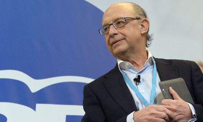El ministro de Hacienda, Cristóbal Montoro, en la convención del PP en Valladolid.