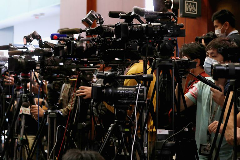 Periodistas en el Consejo Legislativo de Hong Kong, el pasado. 26 de febrero.