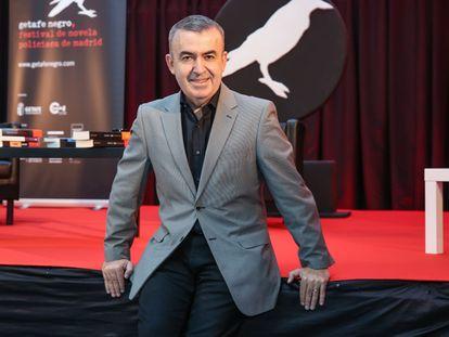 El escritor y comisario Lorenzo Silva en la presentación del festival Getafe Negro