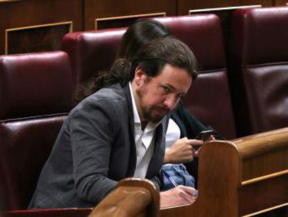 Los líderes del PSOE y Unidas Podemos hicieron esfuerzos ostensibles para evitar el contacto en el Congreso de los Diputados