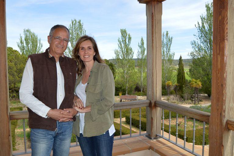Juan Vila y Carlota Mateos, fundadores de Planeat.