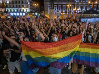 Protesta contra las agresiones a las personas LGTBI, el miércoles en la Puerta del Sol, Madrid.