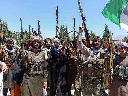 Residentes de la comarca de Kohistan, en la provincia afgana de Kapisa, han formado una milicia para defenderse de los talibanes.