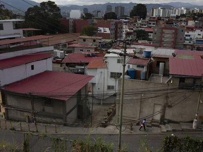 La vista de un barrio en Caracas, Venezuela.