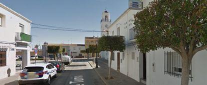 Calle en la que se produjo el suceso, en la localidad valenciana de San Antonio de Benagéber.