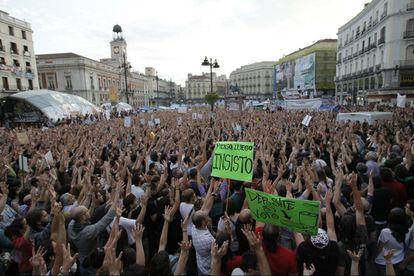 Acampada del 15-M en la Puerta del Sol de Madrid.