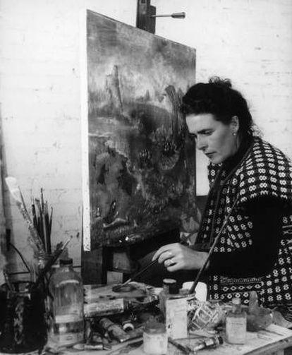 Leonora Carrington pintnado 'Unscape at Manzanillo', en 1956.