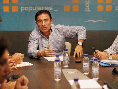 El consejero de Gobernación, Serafín Castellano, en la reunión del martes en Valencia