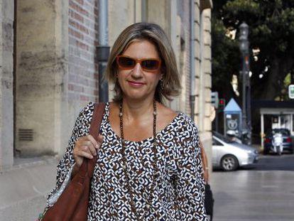 La exvicepresidenta de la Generalitat Paula Sánchez de León llega al tribunal a declarar.