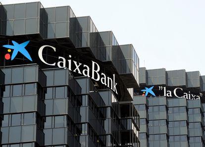 Las torres donde se encuentras la sede de la Fundación Bancaria La Caixa y CaixaBank.