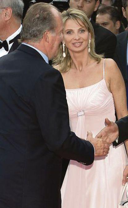 Corinna zu Sayn-Wittgenstein, junto al Rey, en una imagen de 2006.