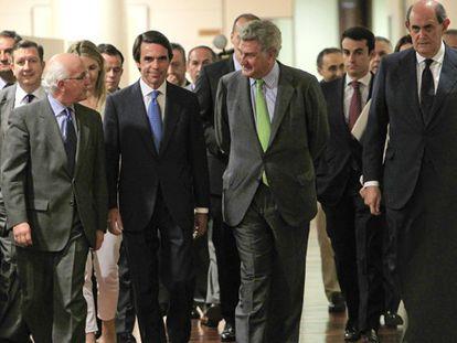 """Aznar: """"Yo no estoy contra nadie, estoy con los españoles"""""""