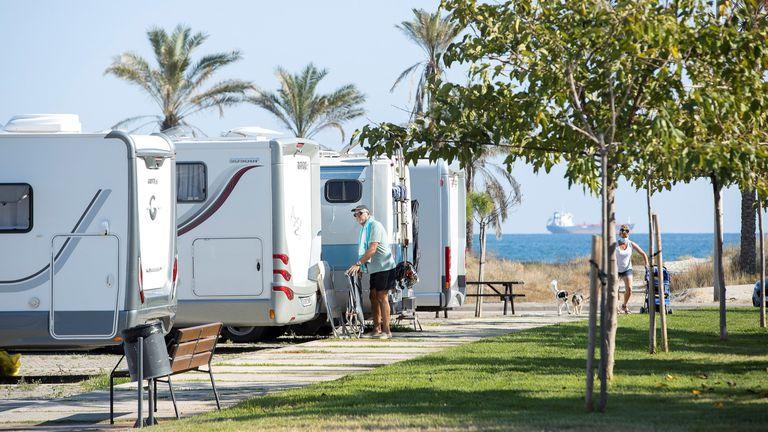 Un parque de caravanas en Castellón, este lunes.
