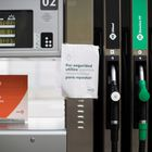 GRAFCAT5250.  BARCELONA, 04/21/2020.- Appearance of a gas station in Barcelona one day after the price of US oil has fallen to negative numbers and reached a record low due to the coronavirus crisis.  EFE / Marta Pérez