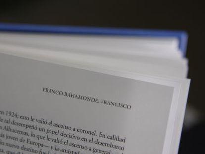 Entrada de Francisco Franco en uno de los primeros ejemplares del Diccionario Biográfico Español.