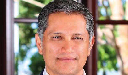 Joe Kiani, fundador del Movimiento para la Seguridad de los Pacientes.