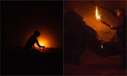 Medina, a la izquierda, prueba una lámpara de tuétano sobre una base de arenisca. A la derecha, Garate muestra los restos que se desprenden de la antorcha.