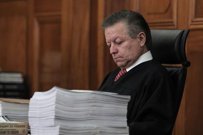 Arturo Zaldívar, mientras participa en una sesión, en Ciudad de México.