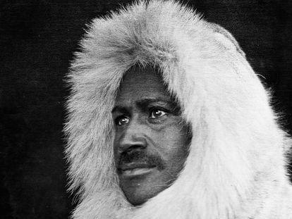 Matthew Henson, fotografiado en 1908 en Canadá.