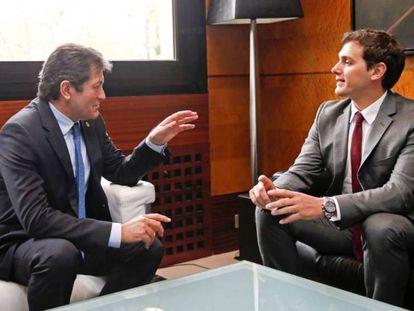 Javier Fernández y Albert Rivera, durante su reunión en Oviedo.