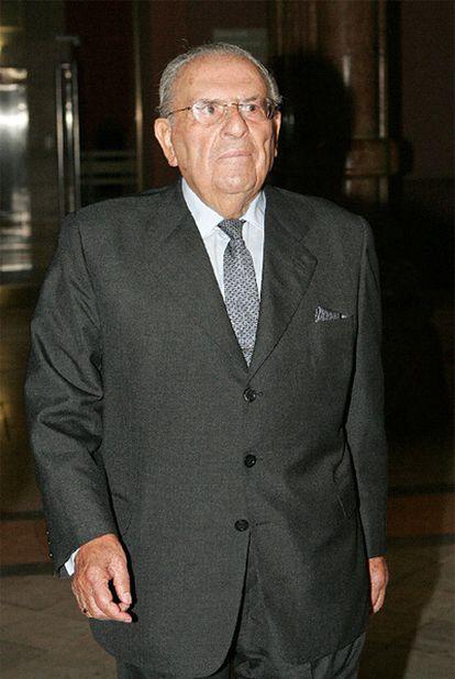 El que fue presidente del Banco Central, Alfonso Escámez López, ha muerto a los 94 años.