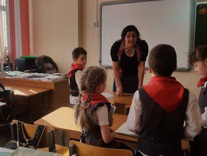 La profesora Svetlana Ilyina en su clase en Izhevsk.