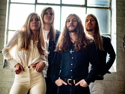 El grupo Blues Pills. A la izquierda, la cantante y compositora sueca Elin Larsson.