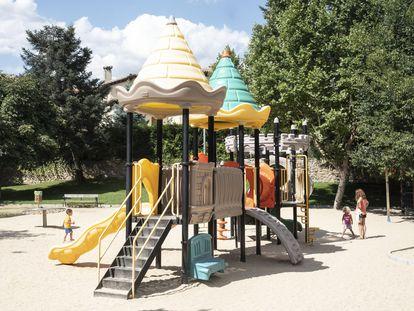 El parque de Manzanares el Real (Madrid) que la duquesa del Infantado quiere recuperar.